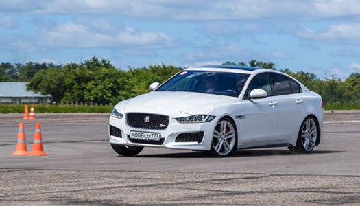 Causes of Differential Problems in a Jaguar | Euro Automotive